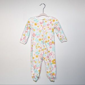 LOT 5 Carter's Footie Pajamas sz 9 mos.